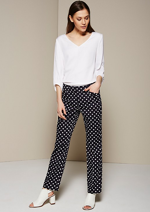 Fine business trousers with an extravagant all-over pattern from s.Oliver