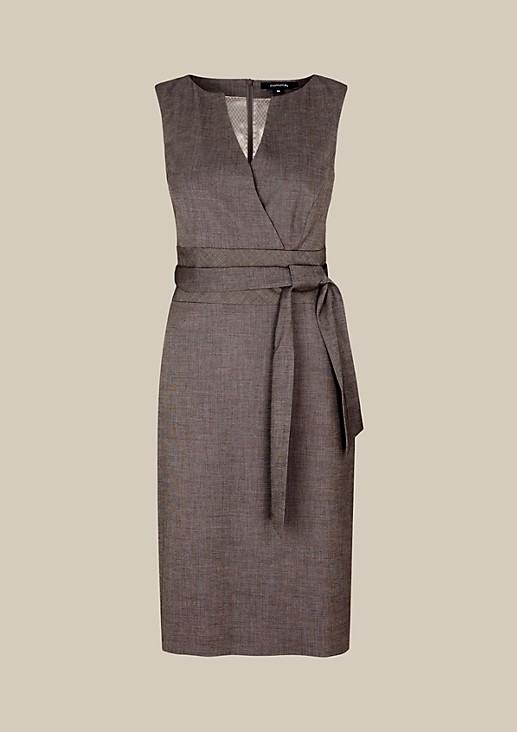 Elegant business dress with a wide belt from s.Oliver