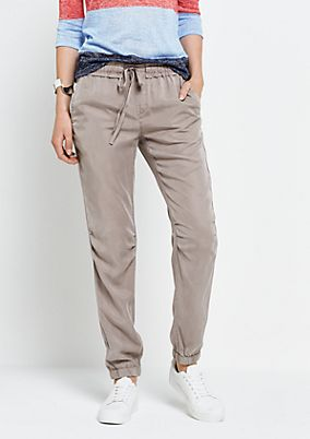 Lightweight joggers with sophisticated details from s.Oliver