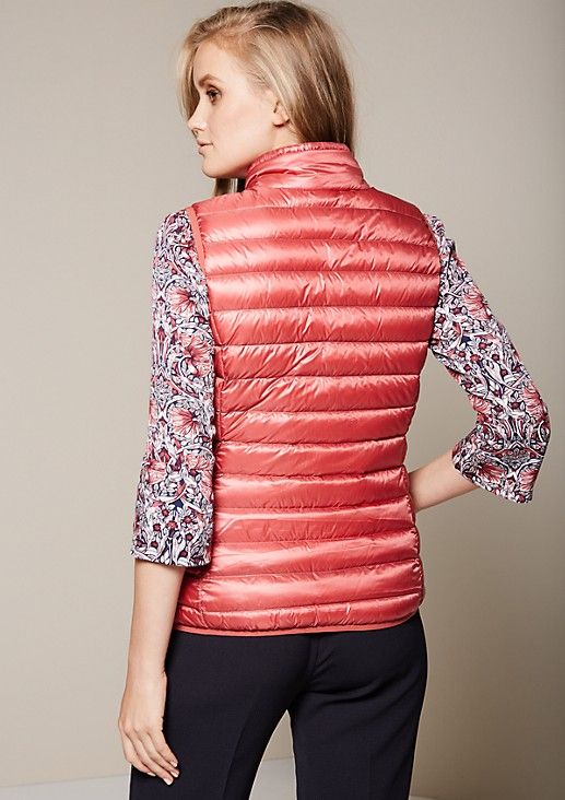 Soft down body warmer with a quilted pattern from s.Oliver