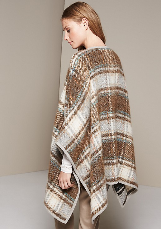 Warm knit poncho with a beautifully designed check pattern from s.Oliver