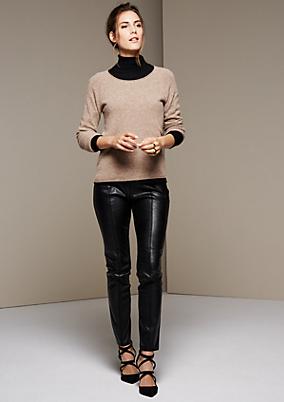 Extravagante Leggings mit Fake-Leder Einsätzen