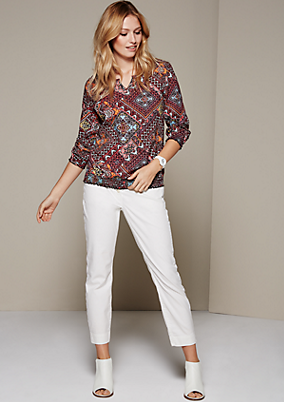 Feminine 3/4-Arm Bluse mit dekorativem Allovermuster