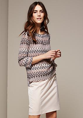 Glamouröses 3/4-Arm Shirt mit aufwendig gearbeitetem Musterspiel