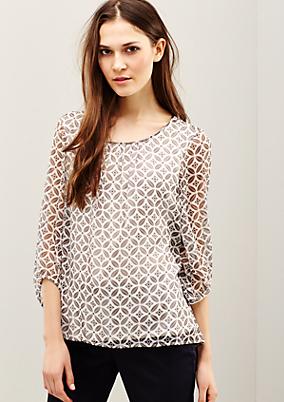 Hauchzarte Chiffonbluse mit raffiniert gestaltetem Muster