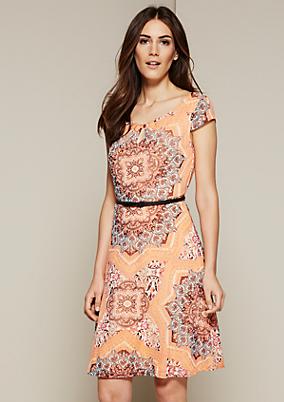 Hauchzartes Sommerkleid mit schönem Alloverprint