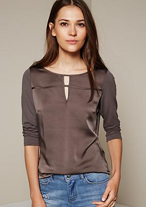 Klassisches 3/4-Arm Shirt im raffinierten Materialmix