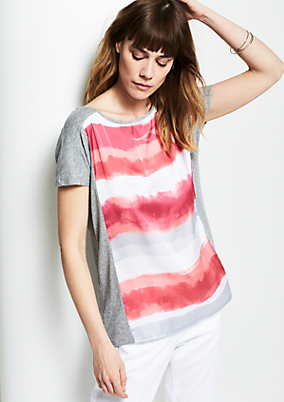 Kurzarmshirt mit farbenfrohem Frontprint