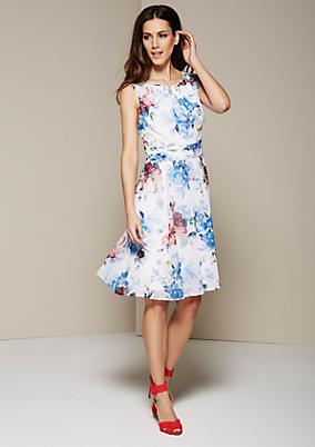 Leichtes Sommerkleid mit farbenfrohem Alloverprint