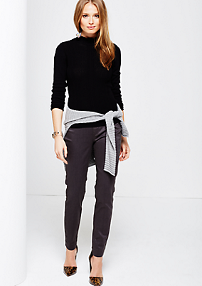 Matt glänzende 5-Pocket Pants mit schönen Detailarbeiten