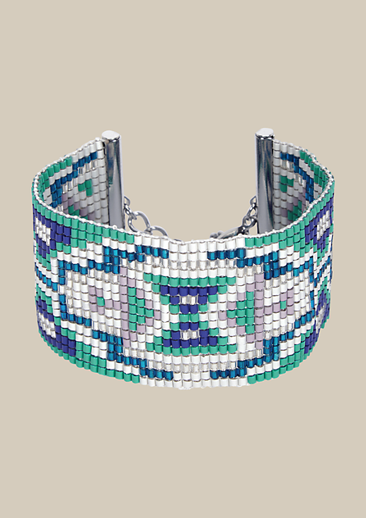 Breites Armband im Ethnolook