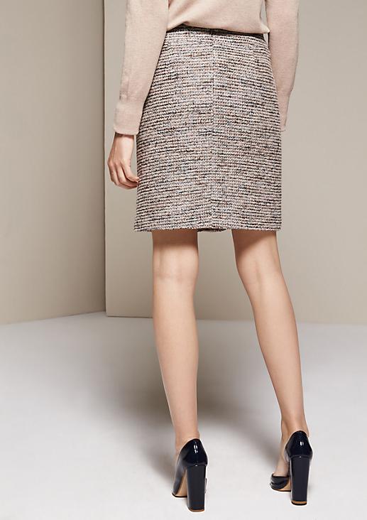 Edler Kurzrock mit aufregendem Muster
