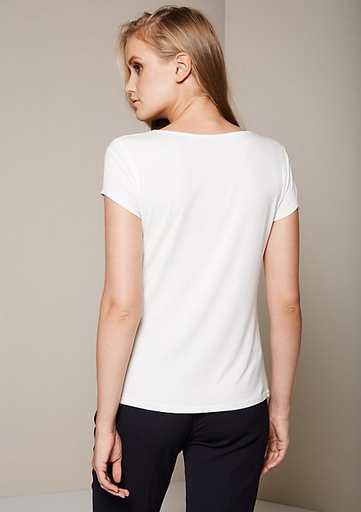Edles Shirt im Materialmix