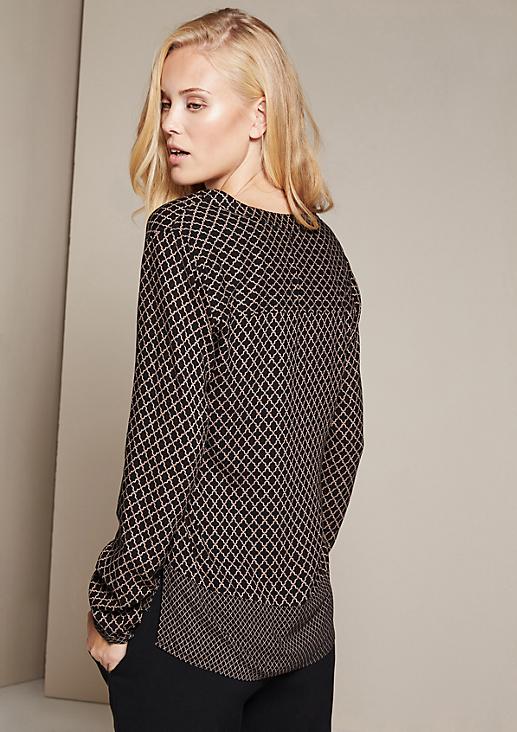 Elegante Bluse mit feinem Musterspiel