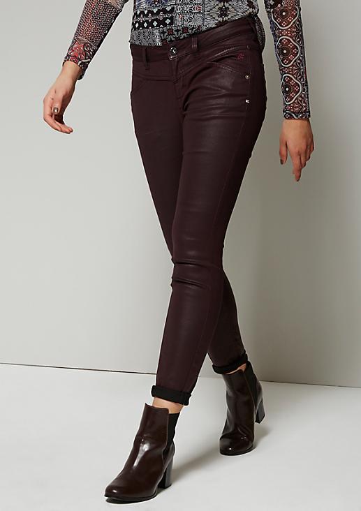 Elegante Jeans mit Beschichtung