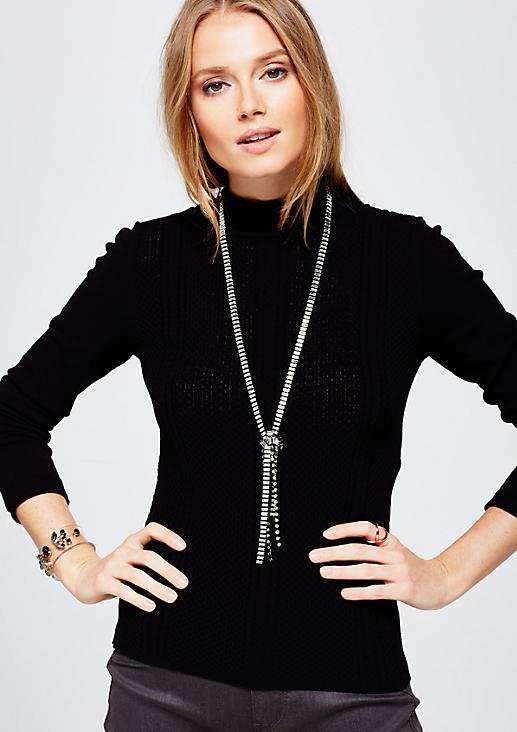 Extravagante Halskette mit Zierknoten
