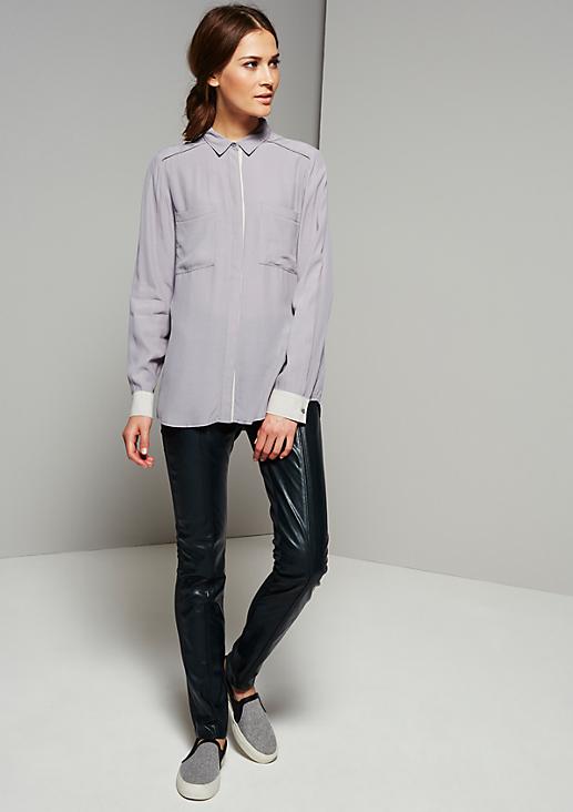 Extravagante Hose aus feinstem Fake-Leder