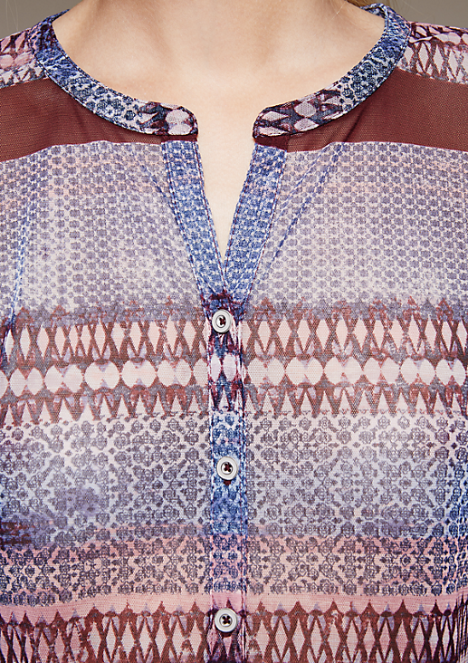 Hauchzartes Langarm-Meshshirt im verspielten Mustermix