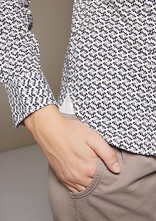Klassische Hemdbluse mit schönem Minimalmuster
