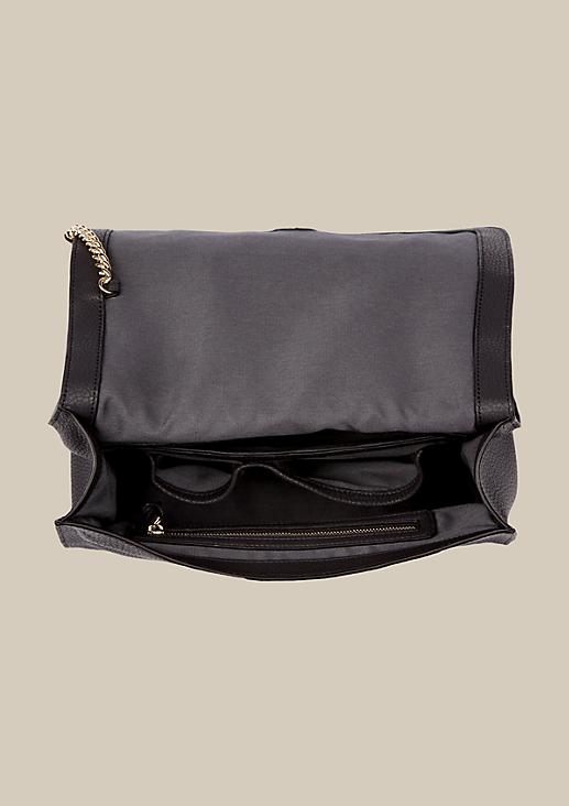 Klassische Shoulderbag in edler Lederoptik