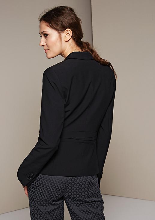Klassischer Blazer mit raffiniert gestalteten Details