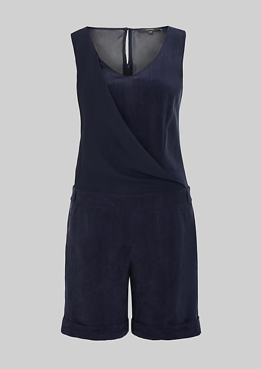 Kurzer Jumpsuit aus weichem Cupro