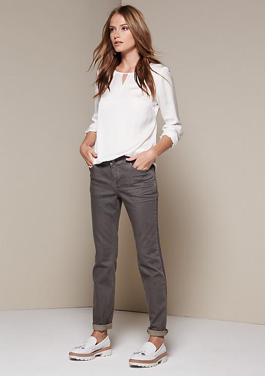 Lässige Jeans mit aufregenden Glamourdetails