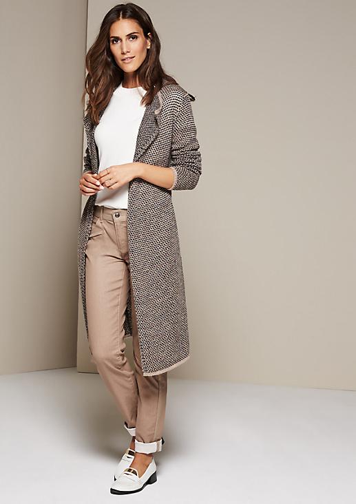 Lässige Longstrickjacke mit raffiniert gestaltetem Muster