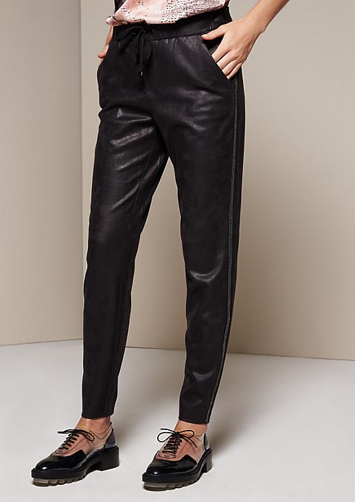 Lässige Loungepants aus edlem Fake-Leder