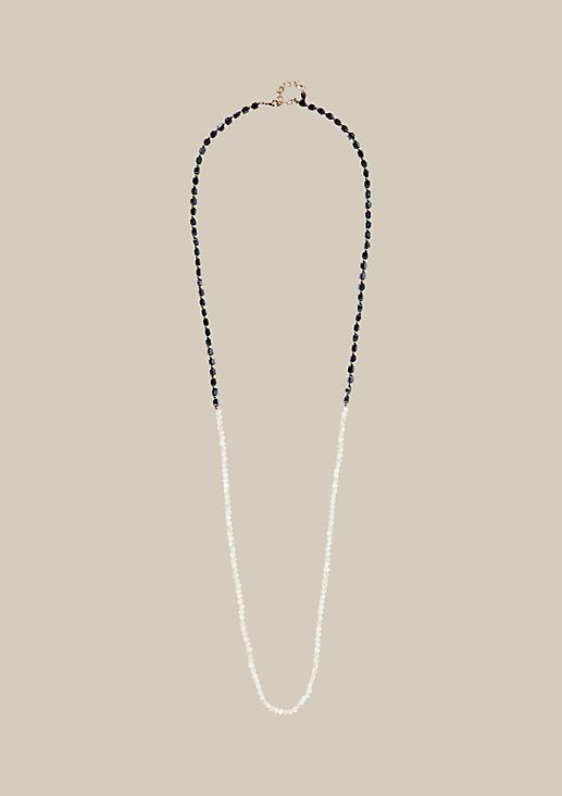 Lange Halskette mit Glitzersteinen