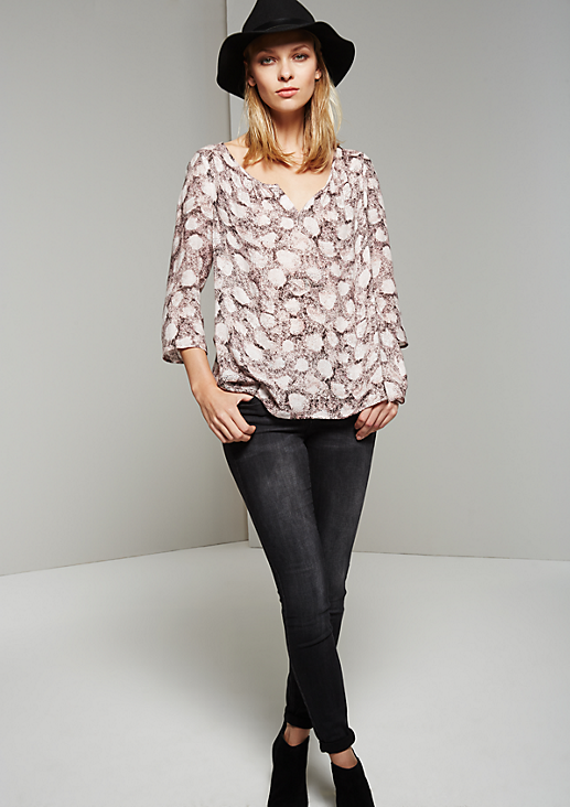 Legere 3/4-Arm Bluse mit abstraktem Alloverprint