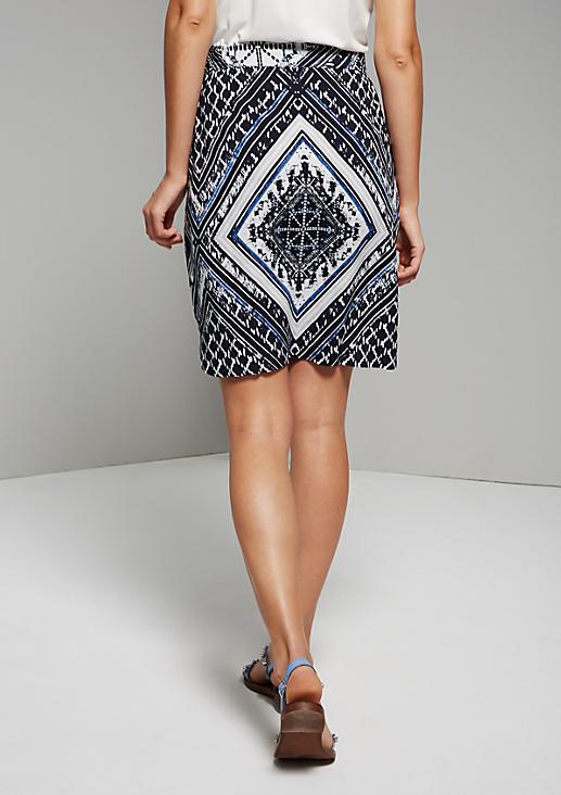 Leichter Sommerrock mit schönem Ornamentikmuster