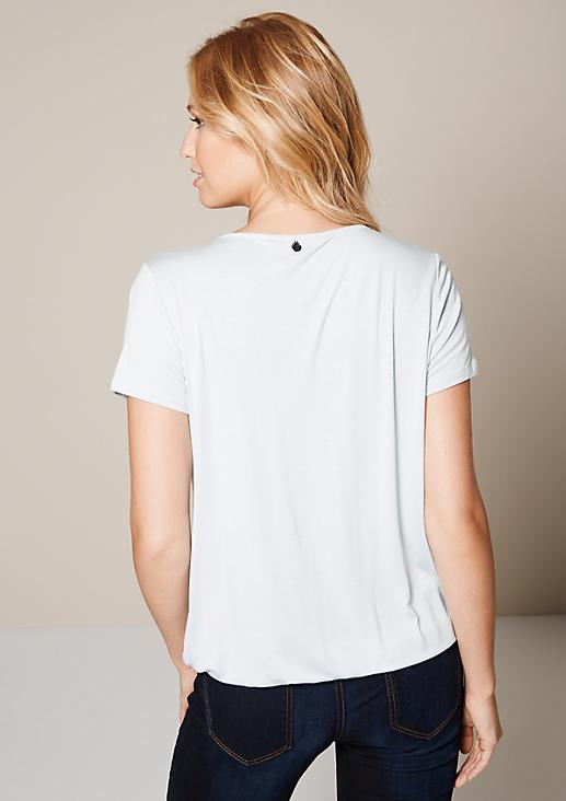Schönes Kurzarmshirt mit raffinierten Details