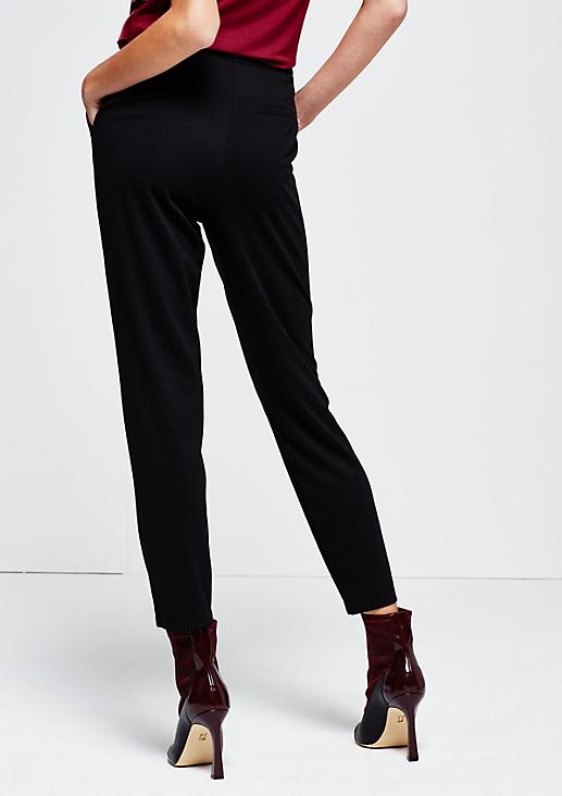 Smarte Jerseypants mit dekorativen Detailarbeiten