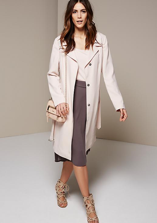 Smarter Mantel mit Stoffgürtel