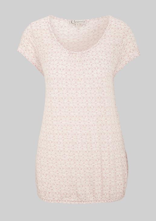 Sommerliches Kurzarmshirt mit verspieltem Muster