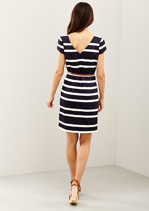 Vielseitiges Kleid im Streifen-Look