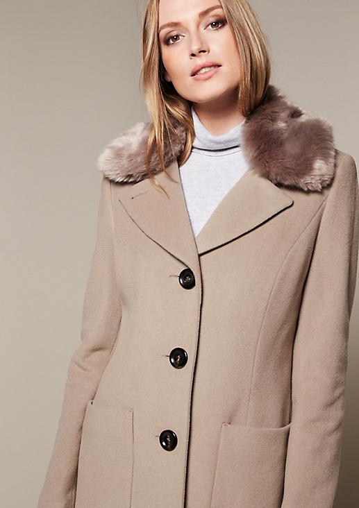 Warmer Wollmantel mit Fake-Fur Kragen
