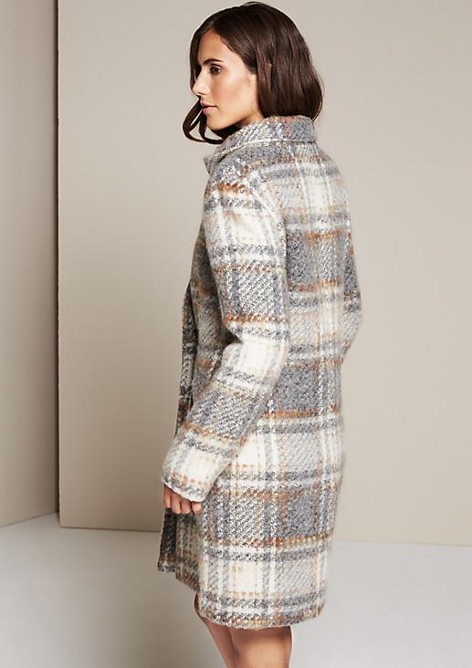 Wollig-warmer Wintermantel mit schönem Musterspiel