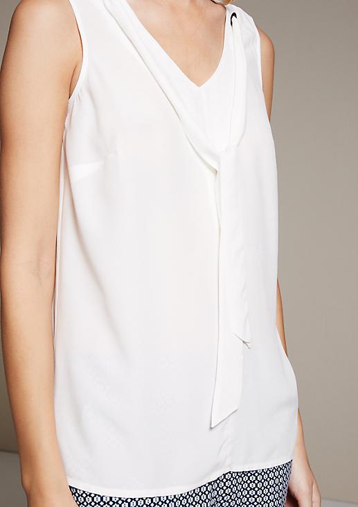 Zartes Blusentop aus leichtem Krepp mit Zierbändern