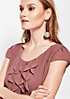 Edle Kurzarmbluse aus zartem Chiffon mit dekorativem Volantbesatz