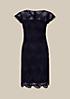Edles Abendkleid aus feinster Spitze