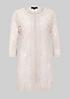 Extravaganter Mantel aus transparenter Spitze