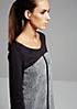Feminines 1/2-Arm Kleid im raffinierten Materialmix