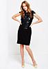 Feminines Abendkleid mit Spitzenverzierungen aus Fake-Leder