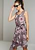 Hauchzartes Kleid mit zauberhaftem Blumenprint