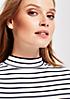 Klassisches Jersey-Longsleeve mit schönem Streifenmuster