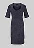 Leichtes Jerseykleid im trendigen Pünktchenlook