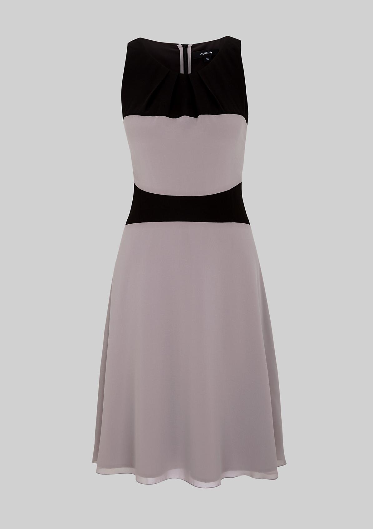 Aufregendes Abendkleid in Colourblock-Optik