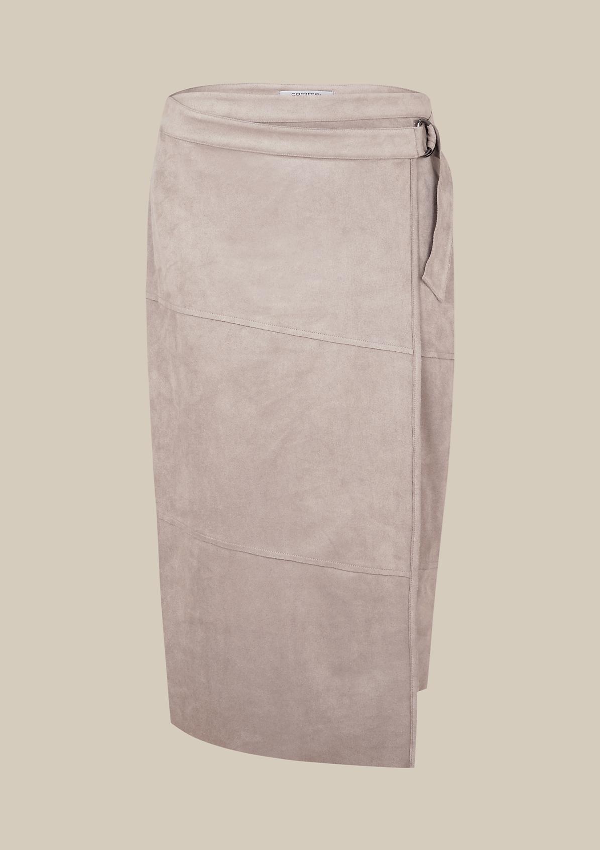 Eleganter Überknierock aus leichtem Velour
